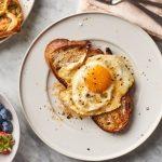 trung chien bo banh mi 150x150 - 3 cách chiên trứng ngon nhất tùy theo sở thích của bạn